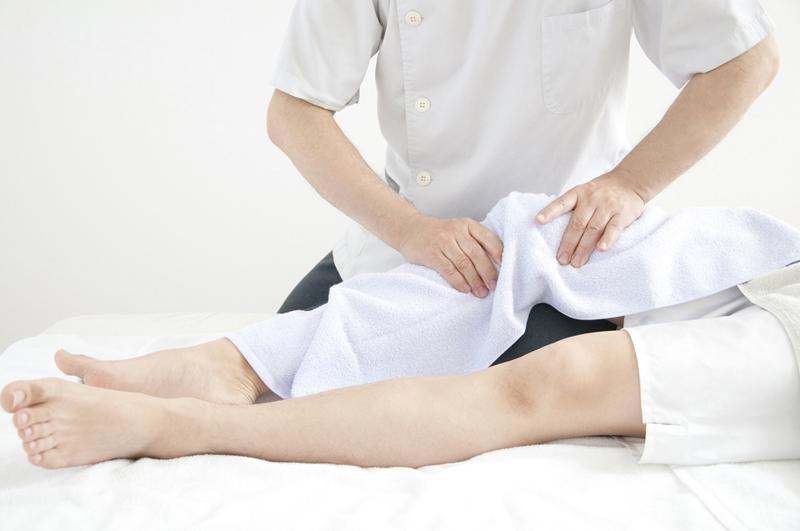 膝の治療.jpg